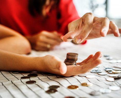 adult-banking-blur-1288483